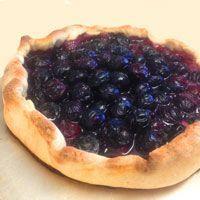 Cook Fiction | Snowberry Crostata | Inspired by: Skyrim-Hearthfire