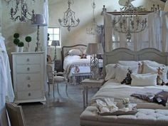 Check out Indulge in Houston for home decor, gifts and dishware.