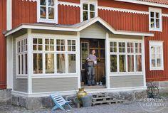 our back entrance? Eco Buildings, Outdoor Rooms, Outdoor Decor, House Entrance, House Extensions, Scandinavian Home, Home Reno, Backyard Patio, Holland