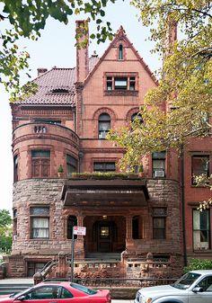 elevation, Herman Behr House (1890), 84 Pierrepont Street, Brooklyn Heights, New York