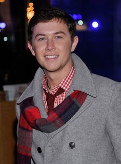 Scotty McCreery Photo - 80th Annual Rockefeller Center Christmas Tree Lighting Ceremony