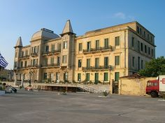 Poseidon the first Classic Hotel from 1911 Louvre, Mansions, House Styles, Building, Classic, Travel, Home, Decor, Derby