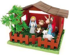 Ideas de pesebres o belenes de Navidad (Foto)   Ella Hoy Christmas Clay, Christmas Nativity Scene, Christmas Crafts, Christmas Decorations, Christmas Ornaments, Holiday Decor, Foam Crafts, Diy And Crafts, Craft Foam