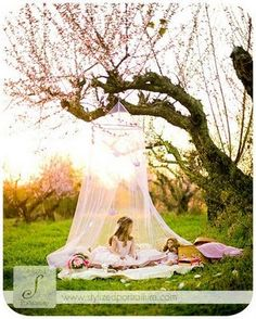 May have to do this when the nieces come to visit this summer!! I've already got the mosquito net from my old princess bedroom (some things I just refuse to part with) <3
