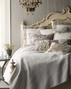 ZsaZsa Bellagio ~ Love this bed and bedding