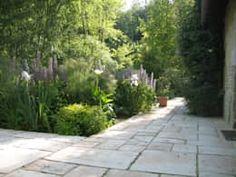 PROPRIÉTÉ PRIVÉE - PAYS D'AUGE : Jardin de style de stile Rural par ZENOBIA Atelier de Paysage et d'Urbanisme