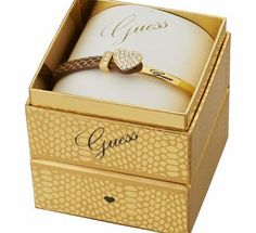 Guess Ladies Colour Chic Bracelet - UBS91310 Official Guess stockist. Supplied in official Guess jewellery packaging. http://www.comparestoreprices.co.uk/ladies-watches/guess-ladies-colour-chic-bracelet--ubs91310.asp