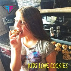 Make cookies that your kids will beg for !! 1 cup almond flour 1/3 cup coconut flour 3/4 cup coconut sugar 1/2 cup coconut oil 1/4 tsp salt 1 tsp baking soda 1 tsp vanilla 2 pastured eggs 3/4 cup chocolate chips Bake at 350 for 15 minutes
