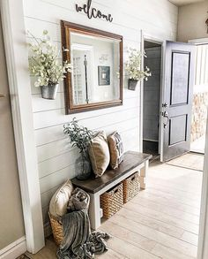 Do you ever feel like you have NO IDEA where to start in decorating your home? - dekorieren Do you ever feel like you have NO IDEA where to start in decorating your home? Rustic Entryway, Entryway Decor, Entryway Ideas, Entryway With Bench, Entrance Decor, Hallway Ideas, Living Room Entrance Ideas, Basement Ideas, Front Entry Decor
