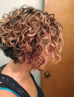 Layered Short Curly Hairstyles for Women 2015