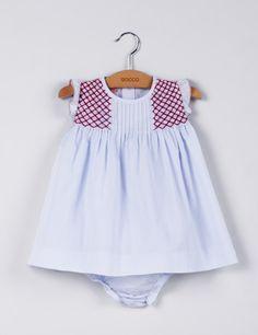 Gocco Smocking Patterns, Baby Dress Patterns, Little Girl Fashion, Kids Fashion, Punto Smok, Smocks, Kids Frocks, Frock Design, Smock Dress