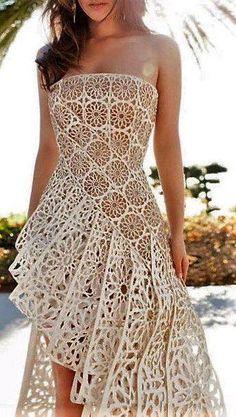 Trendy and pretty crochet dress. Knitting Designs, Crochet Designs, Crochet Cardigan, Knit Dress, Irish Crochet, Crochet Lace, Crochet Tops, Mode Crochet, Crochet Wedding