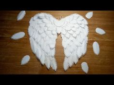 BUDGET-FRIENDLY AND EASY ANGEL WINGS / DIY ANGEL WINGS MADE OF PAPER - YouTube Diy Angel Wings, Angel Wings Costume, Angel Wings Wall Decor, Diy Wings, White Angel Wings, Feather Angel Wings, Cosplay Wings, Halloween Wings, Diy For Kids