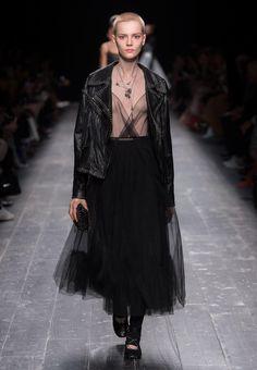 Valentino Haute Couture Show FW18-19 Women  0720b36e65aca