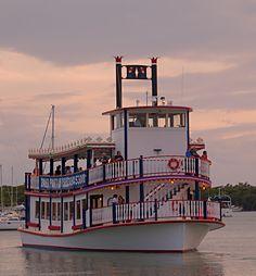 IT_Sunset | Island Time Cruises | Key Largo's Paddlewheel Dinner and Cruise Boat