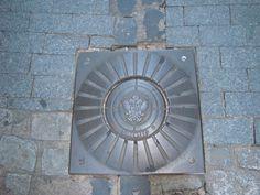 Manhole cover art, Toledo Spain