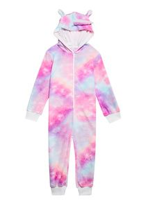 Shop online for cute kids clothes and shoes with FabKids. FabKids delivers high quality, ready-to-play boys and girls clothing & shoes every month! Unicorn Fashion, Unicorn Outfit, Ropa American Girl, Pajama Suit, Baby Girl Toys, Diy Gifts For Kids, Cute Outfits For Kids, Unicorn Clothes For Kids, Zodiac Characters