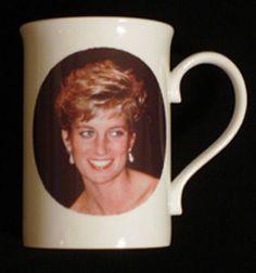 Caroline-mug2.jpg (250×268)