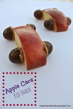 Apple Cars fun kid snack by FSPDT - sweet toddler snack fun for a party or play date too!