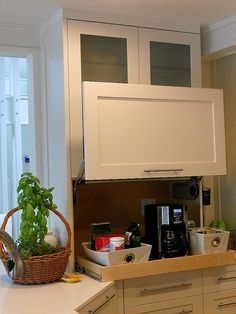 Can T Reach The Items You Ve Stored In Your Upper Kitchen