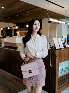 T-Shirts, Dress, Blouse, Skirts, Pants & Stylish Work Outfits, Classy Outfits, Stylish Outfits, Fashion Outfits, Teen Fashion, Fashion Fashion, Business Outfits Women, Office Outfits Women, Korean Fashion Work