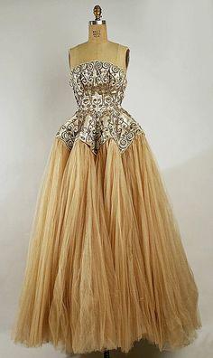 Balenciaga,  1950