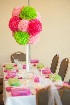 Quinceanera Party Planning – 5 Secrets For Having The Best Mexican Birthday Party Paper Flower Centerpieces, Tissue Paper Flowers, Party Centerpieces, Dyi Flowers, Centrepieces, Easy Crafts, Crafts For Kids, Daisy Party, Girls Tea Party