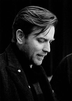 Ewan McGregor----HAIRRRRR