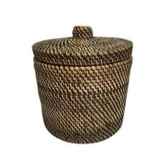 Our range of fine woven rattan will give a natural and stylish touch to your home. Items include tissue boxes, flower pot holders, toilet roll holders, umbrella baskets and photo frames Toilet Roll Holder, Tissue Boxes, Canisters, Flower Pots, Home Accessories, Brown, Furniture, Flower Vases, Plant Pots