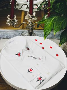 ALISIA ENCO GIRLS HORA WHITE SHIRT Cream Shirt, Navy Blue Shirts, Business Shirts, Different Patterns, Shirts For Girls, Collection, Suit Shirts