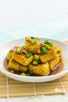 The taste of Teriyaki sauce is rich and addictive, making you want more of the nutritious tofu.