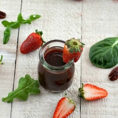 The recipe for a Strawberry Balsamic Vinegar perfect for all your summer salads!