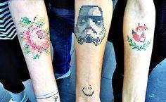 Tatuaggi a punto croce, quando l'antico incontra il contemporaneo - Radio Deejay