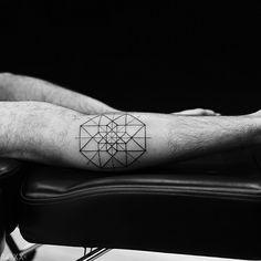 A little #hypercube from the #fourthdimension for Mateo's first tattoo : ) #tattoosbyroxx#art#blackwork#blackandwhite#tattoo#2spirittattoo#sanfrancisco