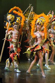 Al ritmo del folclor, Ballet Tierra Colombiana bailará en Bogotá: http://www.periodismosinafan.com/site/noticias-de-actualidad/1192-el-ballet-tierra-colombiana-se-presentara-en-bogota-a-finales-de-octubre.html#.UlbUwxBjeR5
