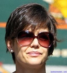 Katie+Holmes+Short+Hair | Katie Holmes playful short hairdo: Front messy sweep! | Last Hair ...