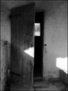La porte des rêves © Etienne Cabran.  Le contraire et son contraire