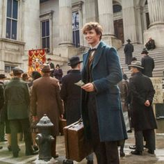 65 DAYS UNTIL FANTASTIC BEASTS AND WHERE TO FIND THEM - Newt Scamander