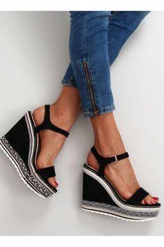 Σουέντ ψηλοτάκουνες πλατφόρμες.  33,70€ Διαθέσιμο Wedge Sandals, Espadrilles, Wedges, Adidas, Womens Fashion, Clothes, Shoes, Espadrilles Outfit, Tall Clothing