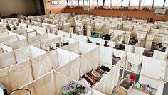 Sigeru Ban: habitáculos temporales en Fukushima, proyectados y ejecutados en 48 horas.
