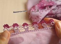 two-sequencial de ferro-easy-to-write-Oyasu - Helene Crochet Flower Patterns, Baby Knitting Patterns, Crochet Flowers, Easy, Jewerly, Cross Stitch, Writing, Tricot, Jewelry