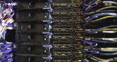 MareNostrum: así es la supercomputadora capaz de realizar 110 billones de operaciones por segundo   Los ordenadores de hoy nacieron como supercomputadoras en el pasado. Todos esos conceptos de arquitectura de familia multinúcleo operaciones de coma flotante por segundo son fruto de una investigación azarosa en los años 60.  En abril de 1964 IBM presentaba su microprocesador S/360. Un año después el equipo de Control Data Corporation hizo lo propio con su modelo 6600 primer superordenador de…