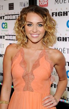 Miley Cyrus Short Curly Ombre Hair: Sexy Short Hairstyles 2013 | Hairstyles Weekly