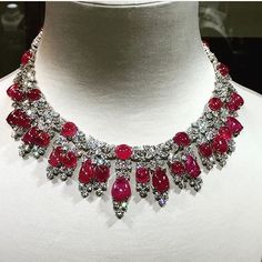 BEAUTIFUL #Diamond and #Ruby Necklace by #harrywinston via @julienbrunie…