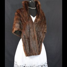 ❤️Luxurious Chocolate Mink Stole w/black satin ❤️ ❤️This stunning and luxurious Chocolate Brown 100% Mink Stole Wrap speaks for itself ~ would be so gorgeous with a chic dress up party or dress is down with a pair of jeans and sassy boots ~ ❤️ Accessories Scarves & Wraps