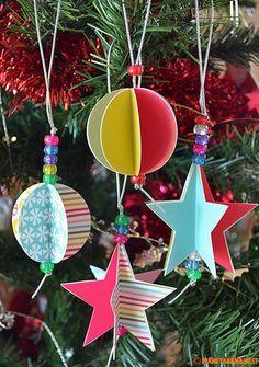 Stelle e palline natalizie colorate fai da te