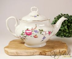 Shabby chic Winterling Bavaria Coffee pot Pink roses Large teapot,Bavarian china,Vintage german porcelain Gold trimmed Chintz coffee pot