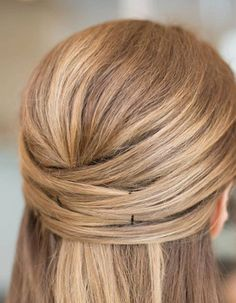 Looking for Easy Hairstyles Half-Up, Half-down? For those casual days when you just don't have time to wash or mess with your hair. These simple hair ideas look great for. Up Hairstyles, Pretty Hairstyles, Straight Hairstyles, Wedding Hairstyles, Bobby Pin Hairstyles, Hairstyle Ideas, Simple Hairstyles, Straight Hair Updo, Bridesmaid Hair Straight