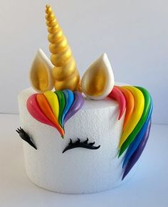 Edible Unicorn Cake Decoration for 6 or 7 Round