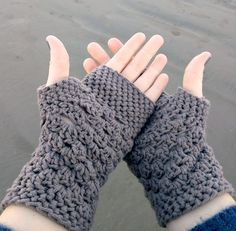 Free Crochet Pattern For Chunky Mittens : Ravelry: Crocheted Mittens / Fingerless Gloves with fold ...